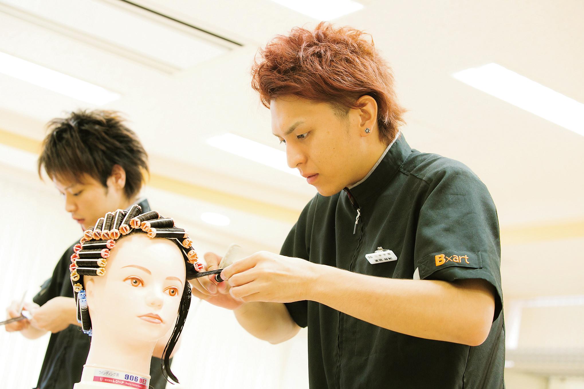 14SAB_美容HS1DAY_冨田04.jpgのサムネイル画像