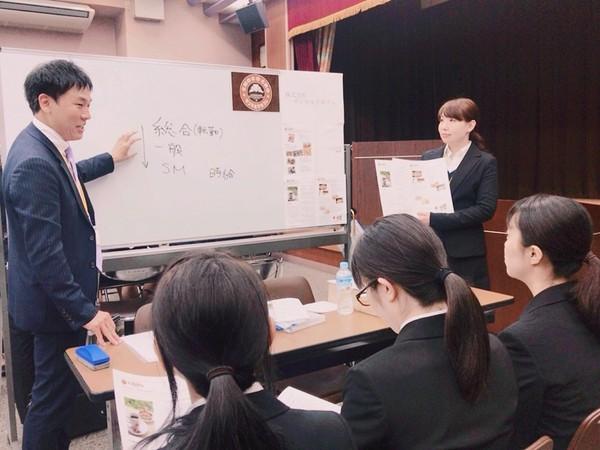 H30就職フェア⑤.JPG